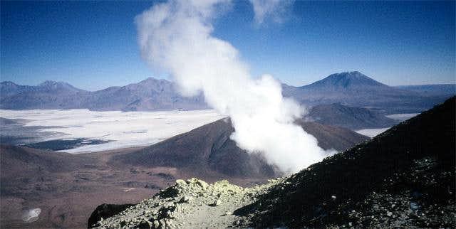 Fumaroles on the western summit