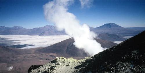Fumaroles on the western summit