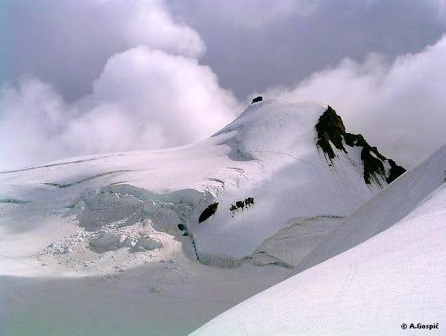 Signalkuppe (4554m) with...