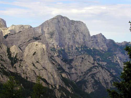 Monte Cimone / Strma pec seen...