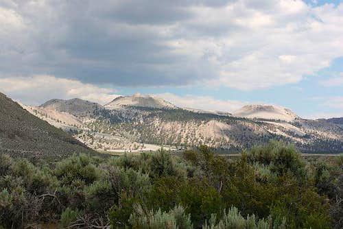 Crater Mountain & the Mono...