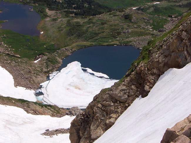 Bobs Lake lies directly below...