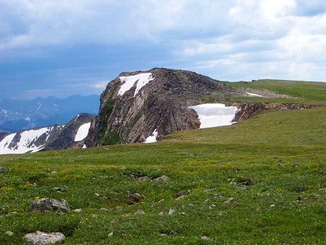 The ridge/subpeak just west...