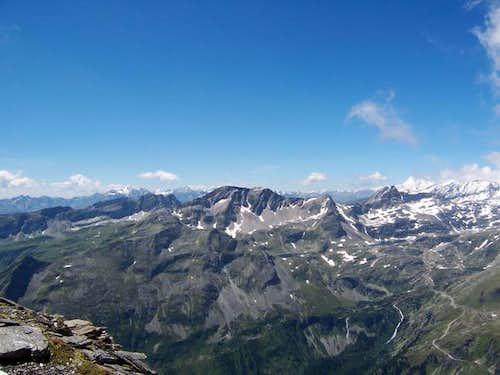 Looking west from Feldseekopf...