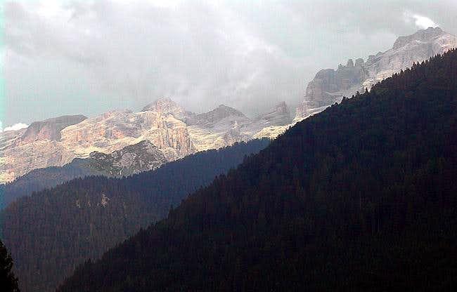 the 15 summits ridge (Kiene...