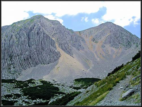 The path from Belscica saddle