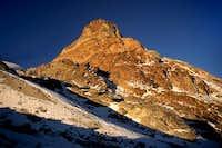 The peak of Sarcofago (5080...