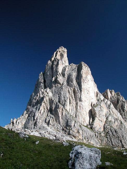 Ra Gusela (2595m) seen from...