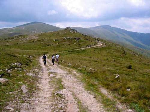 Nidze mountain - road to the...