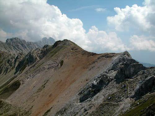 Punta Allochet (2582m) as...