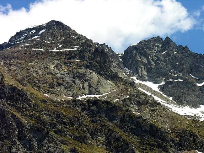 Becca Pouignenta N (2827 m)...