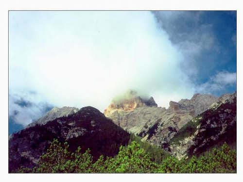 Croda Rossa viewed from Valle...