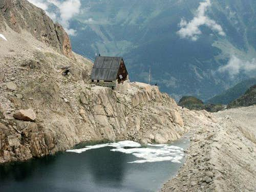Orny hut (June 2005)