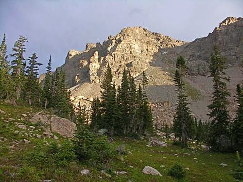 The Gully to the East Ridge of Elk Tooth