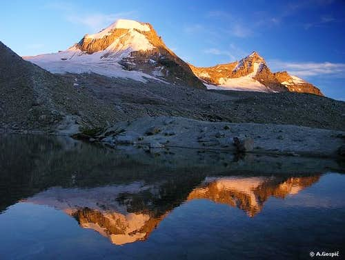 Evening spectacle on Lago di Moncorve