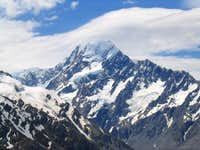 Mt. Cook/Aoraki from trail to...