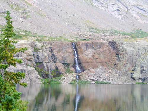 The waterfall above beautiful...