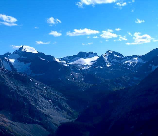 Mount Cordonnier (center)...