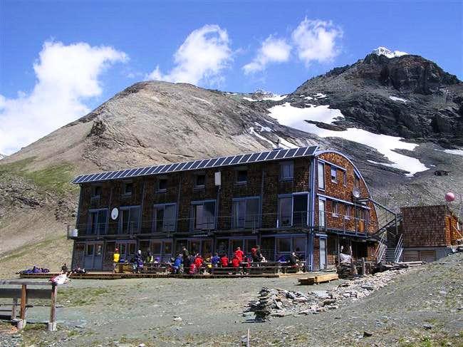 Stuedl hut july 2005