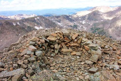 Cairn/windbreak at the...