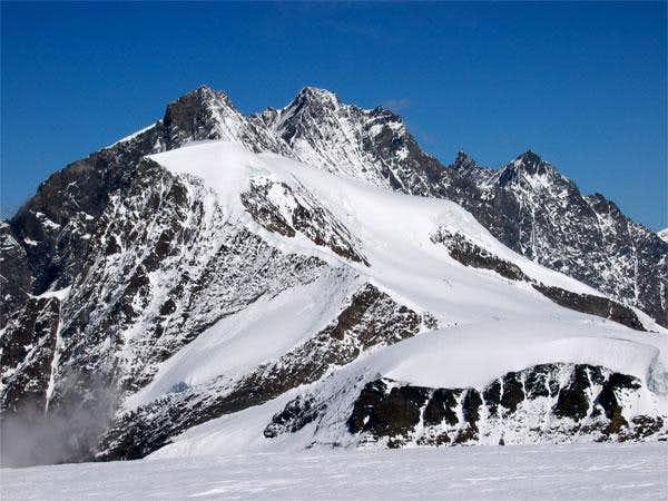 Le massif des Mischabel vu du...