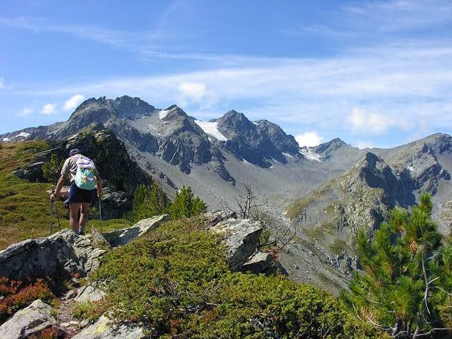 Towards cresta Thuilette