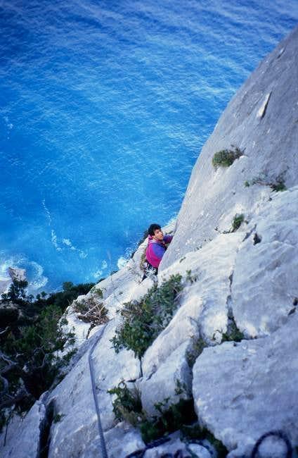 Climbing on Guglia di...