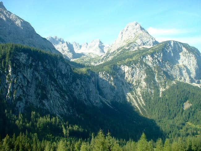 sonnenspitze from ehrwalder alm