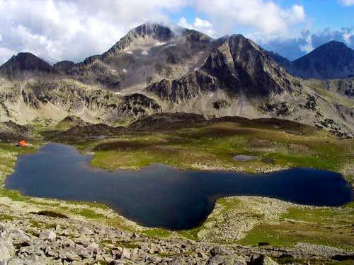 Pirin - Kamenitza peak with...