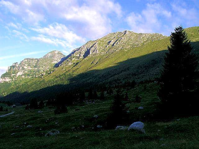Monte Cimone / Strma pec...