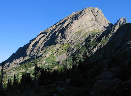 Crestolita\'s beautiful east face