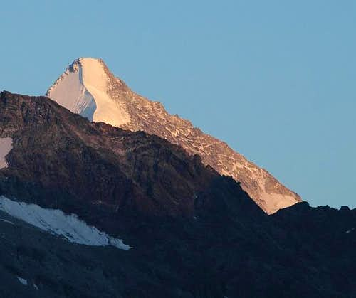 Obergabelhorn at sunset....