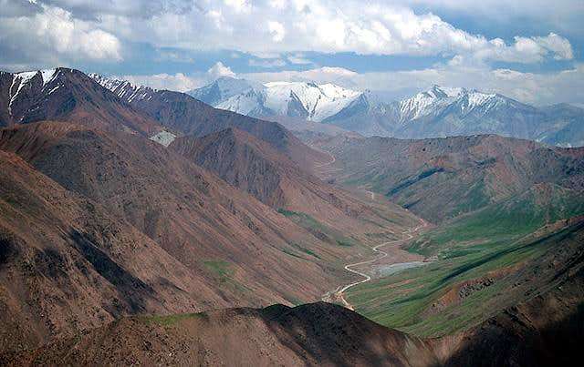 View to the Kyrgyz-Tajik border, July 2005