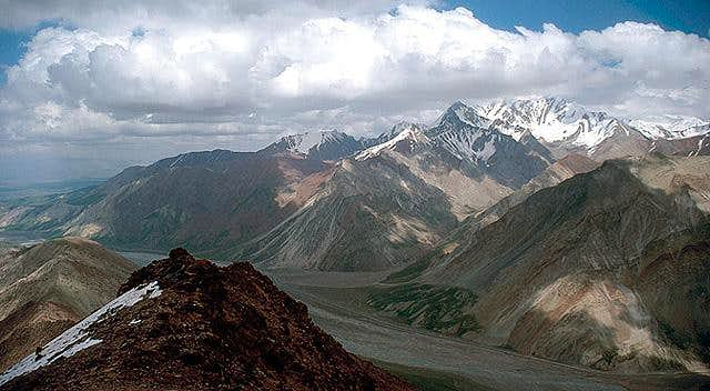 View from Pik Todo to the Kyzyl-Art valley, July 2005