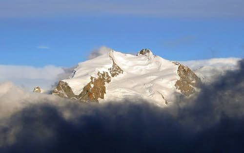 Monte Rosa standing out the...