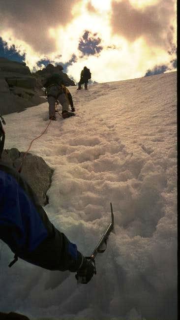 Steep slopes above the schrund