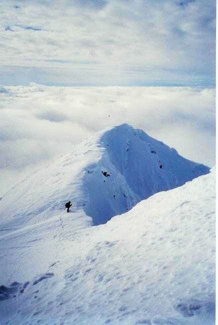 On the summit ridge. Winter...