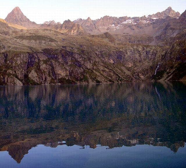 Another picture of Lake of...