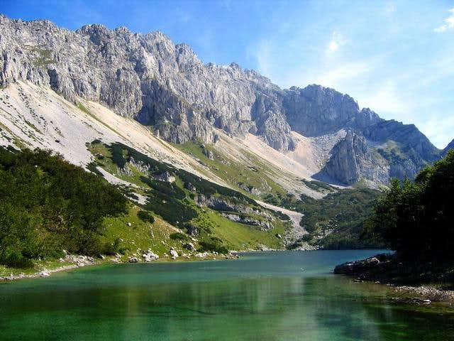Skrka Lakes Valley