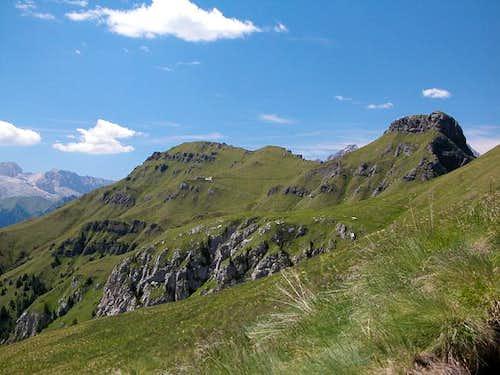 Col da Cuch (2563m) and Sass...