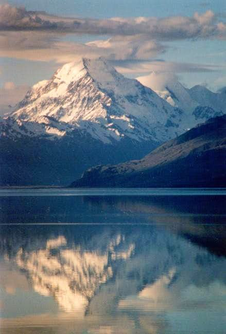 Mt.Cook reflecting in Lake...