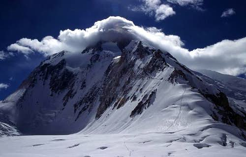 Lenticular clouds starting to...