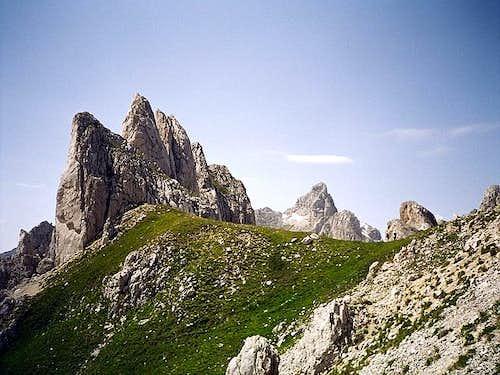 Trojni Prevoj (Tripple Pass)