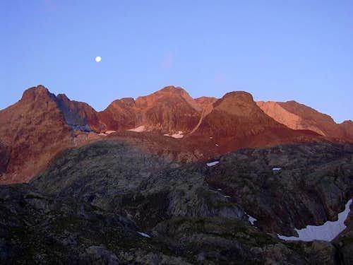 Picos del Infierno at dawn...
