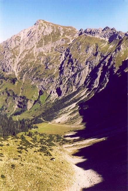 Großer Daumen (2280m) as seen...