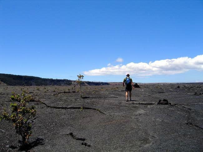 Walking across the Kilauea...