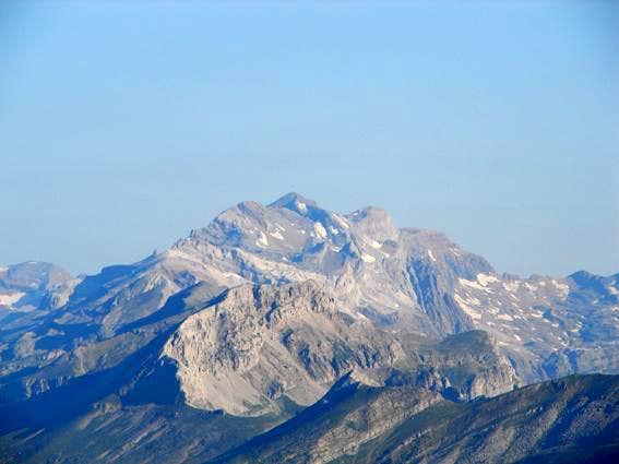 The massif of