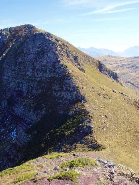 The last section of the ridge...