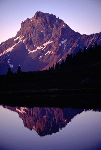 Alpenglow on American Border...