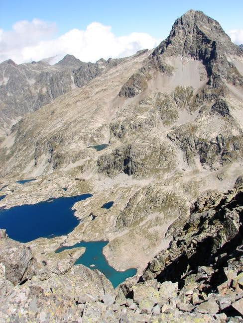 Palas & lakes of Arrèmoulit